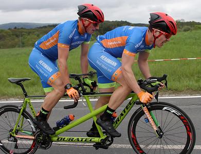 Paracyling Tandem sehbehindert - Peter Renner und Tim Kleinwächter 1er - Radteam Herrmann