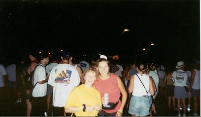 1998-7-17 06 Ragbrai XXVI -Hawarden - Concert