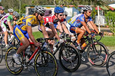 2005 Giro de Brisbane (Giro d'Brisbane) Cycling Criterium, Carina, Brisbane, Australia; linked to the Abruzzo Club. Photos by Des Thureson:  http://disci.smugmug.com