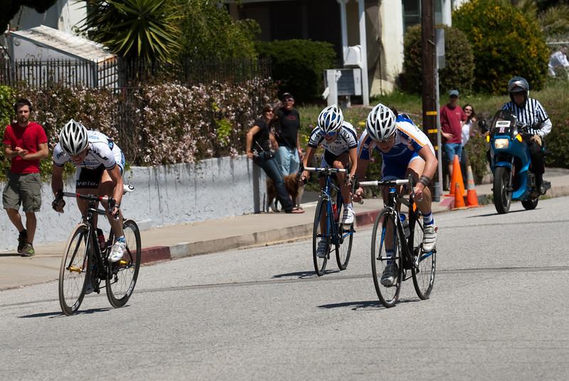 The winning break of 3 sprints for the line