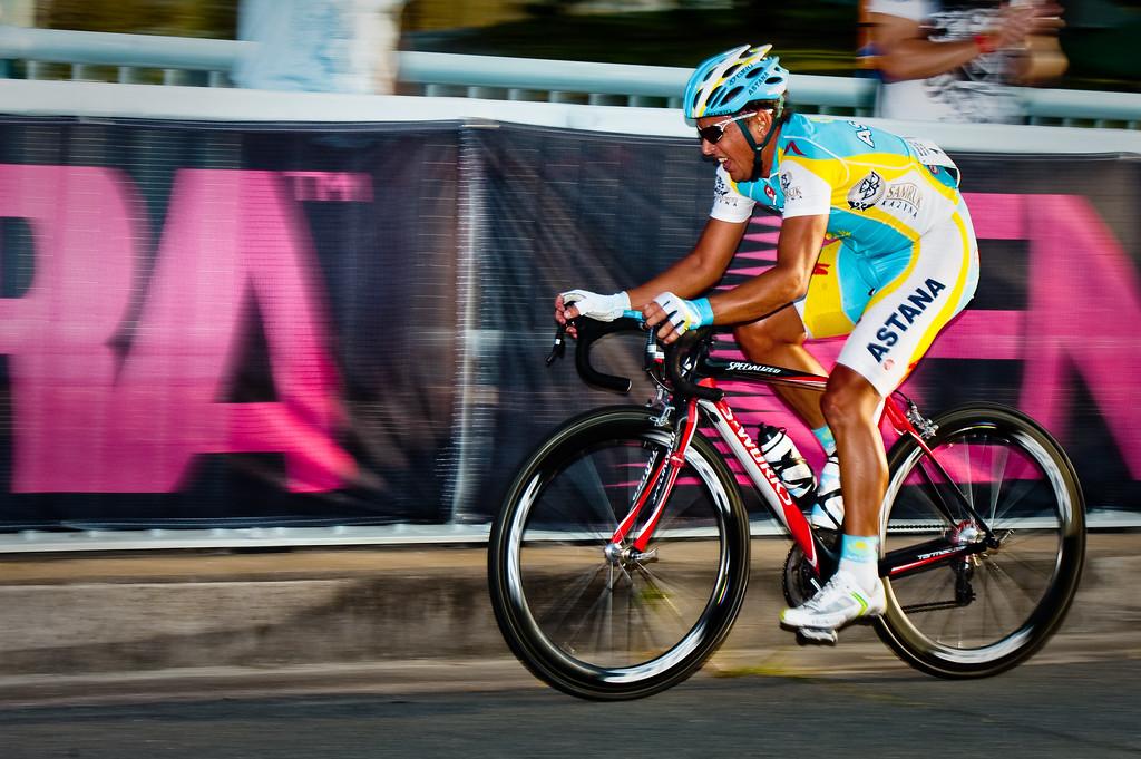 "Allan Davis - Noosa Men's Cycling Grand Prix, 2010. Noosa Triathlon Multi Sport Festival, 30 October, Sunshine Coast, Queensland, Australia. (Alternate Processing: Lightroom Preset: ""Hard Depth"")"