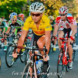 Francisco Mancebo holds on to yellow.