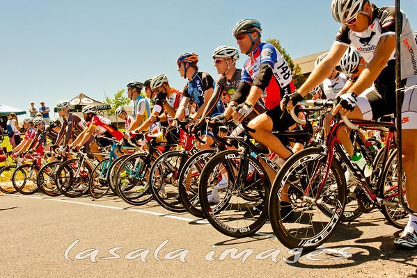 Pre-race line-up.
