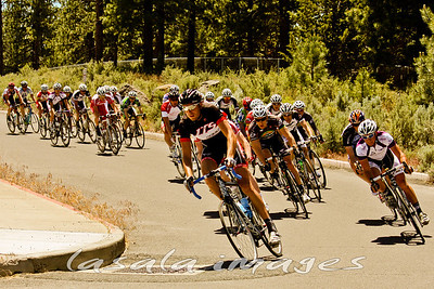 A large 1/2 field turned out to race.