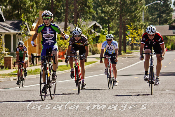 Jake Perrin wins the bunch sprint