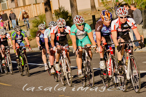 Men's cat 3 race was fast from the start.