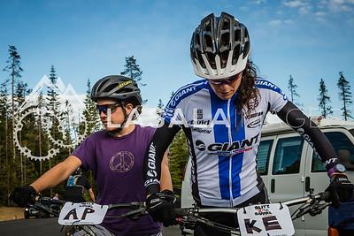 Alice Pennington and Kelli Emmett mentally prepare.