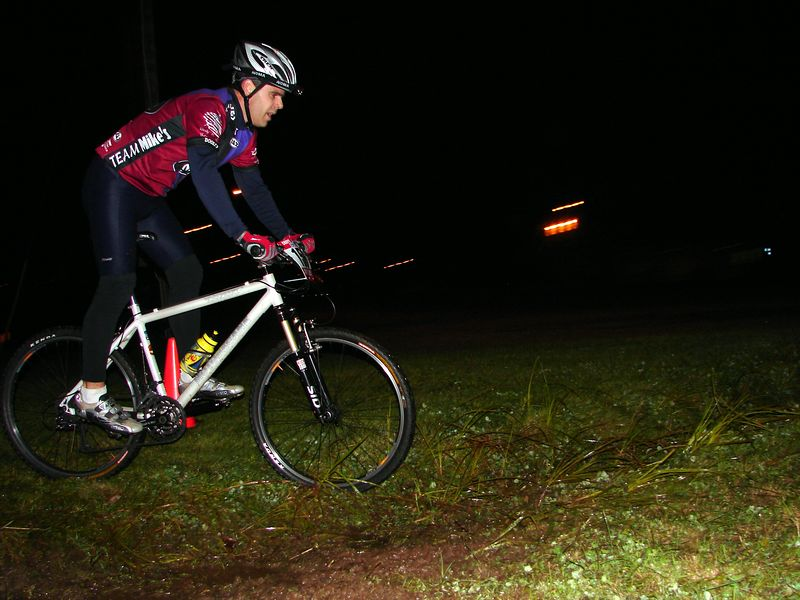 Skid Master Patrice at the only considerable water crossing on the excellent night course. Patrice is performing superbly this season and is still progressing. Great year for him.