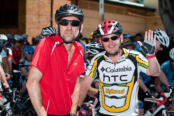 """Queensland Ride Relief, led by Lance Armstrong, Robbie McEwen & Allan Davis; Brisbane, Queensland, Australia; Monday 24 January 2011. Photos by Des Thureson - <a href=""""http://disci.smugmug.com"""">http://disci.smugmug.com</a>"""