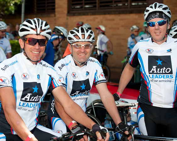 "10x8 - Queensland Ride Relief, led by Lance Armstrong, Robbie McEwen & Allan Davis; Brisbane, Queensland, Australia; Monday 24 January 2011. Photos by Des Thureson - <a href=""http://disci.smugmug.com"">http://disci.smugmug.com</a>. Alt Processing: Dave Hill Temp."