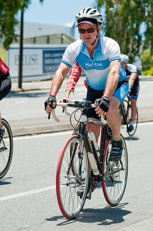 "The finish! - Queensland Ride Relief, led by Lance Armstrong, Robbie McEwen & Allan Davis; Brisbane, Queensland, Australia; Monday 24 January 2011. Photos by Des Thureson - <a href=""http://disci.smugmug.com"">http://disci.smugmug.com</a>"