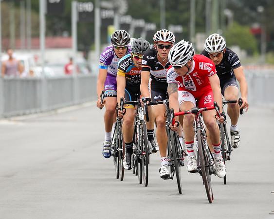 "Criterium, Elite Men A - Gold Coast Festival of Cycling; Carrara, Gold Coast, Queensland, Australia; 28 September 2013. Camera 2. Photos by Des Thureson - <a href=""http://disci.smugmug.com"">http://disci.smugmug.com</a>. Matt King"