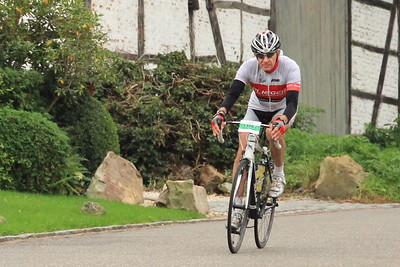 Mergelheuvelland 2-daagse 2016,  dag 2, 120km. Zondag 18 september 2015 - afdaling naar Slenaken?