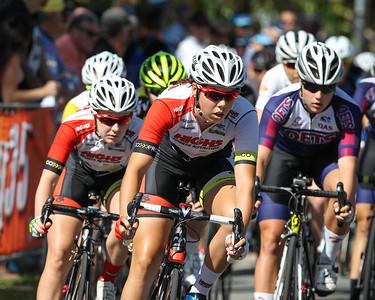 2015 Noosa Australian Open Criterium, Cycling, Women - 2015 Super Saturday at the Noosa Triathlon Multi Sport Festival, Noosa Heads, Sunshine Coast, Queensland, Australia. Camera 2. Photos by Des Thureson - http://disci.smugmug.com