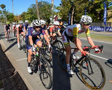 2015 Noosa Australian Open Criterium, Cycling, Women - 2015 Super Saturday at the Noosa Triathlon Multi Sport Festival, Noosa Heads, Sunshine Coast, Queensland, Australia. Camera 1. Photos by Des Thureson - http://disci.smugmug.com