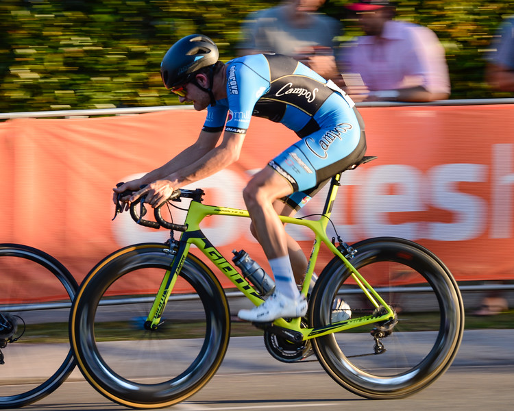 Speed Blur - Panning the camera with a slow shutter speed - SUBARU Australian Open Criterium - Men - Cycling - Super Saturday at the Noosa Triathlon Multi Sport Festival, Noosa Heads, Sunshine Coast, Queensland, Australia. Saturday 29 October 2016. - Camera 2