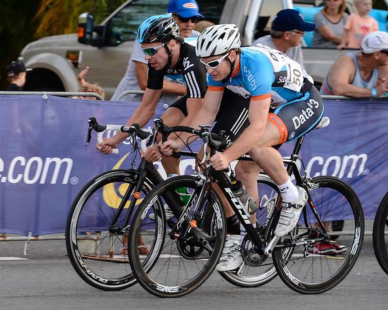Jeremy Hunt (Sky) (L) & Andrew Stephan (Data #3) (R) - 2012 Subaru Men's Cycling Grand Prix Criterium; Noosa Heads, Sunshine Coast, Queensland, Australia; 03 November 2012. Photo: Des Thureson. Camera 1.