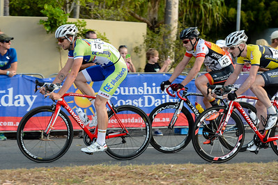 2012 Subaru Men's Cycling Grand Prix Criterium; Noosa Heads, Sunshine Coast, Queensland, Australia; 03 November 2012. Photo: Des Thureson. Camera 1.