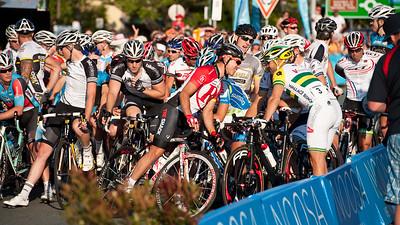 Robbie McEwen, Jonathan Cantwell - Subaru Noosa Men's Cycling Grand Prix Criterium - 2011 Super Saturday at the Noosa Triathlon Multi Sport Festival, Noosa Heads, Sunshine Coast, Queensland, Australia; 29 October 2011.