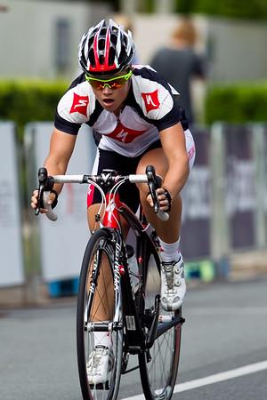 Subaru Noosa Women's Cycling Grand Prix Criterium, Super Saturday, Noosa Multi Sport Festival, Sunshine Coast; 2011
