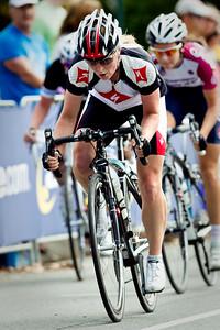 Subaru Noosa Women's Cycling Grand Prix 2011 - Super Saturday at the Noosa Triathlon Multi Sport Festival, Noosa Heads, Sunshine Coast, Queensland, Australia; 29 October 2011.