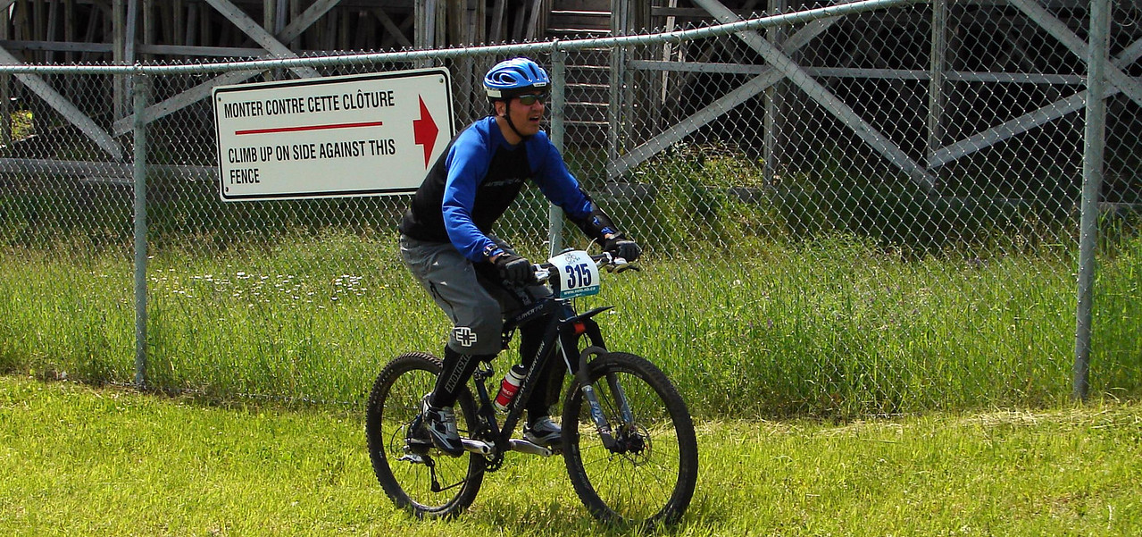 """On the lower slopes of the mighty """"velodrome hill"""", bader is unwavering in his committment."""