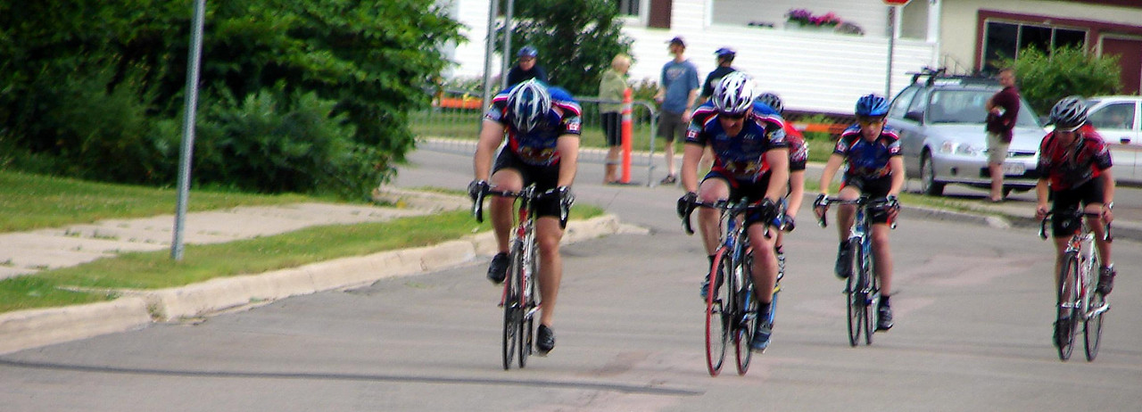 Allain, Chris and just behind Stuart... part way through the first race.
