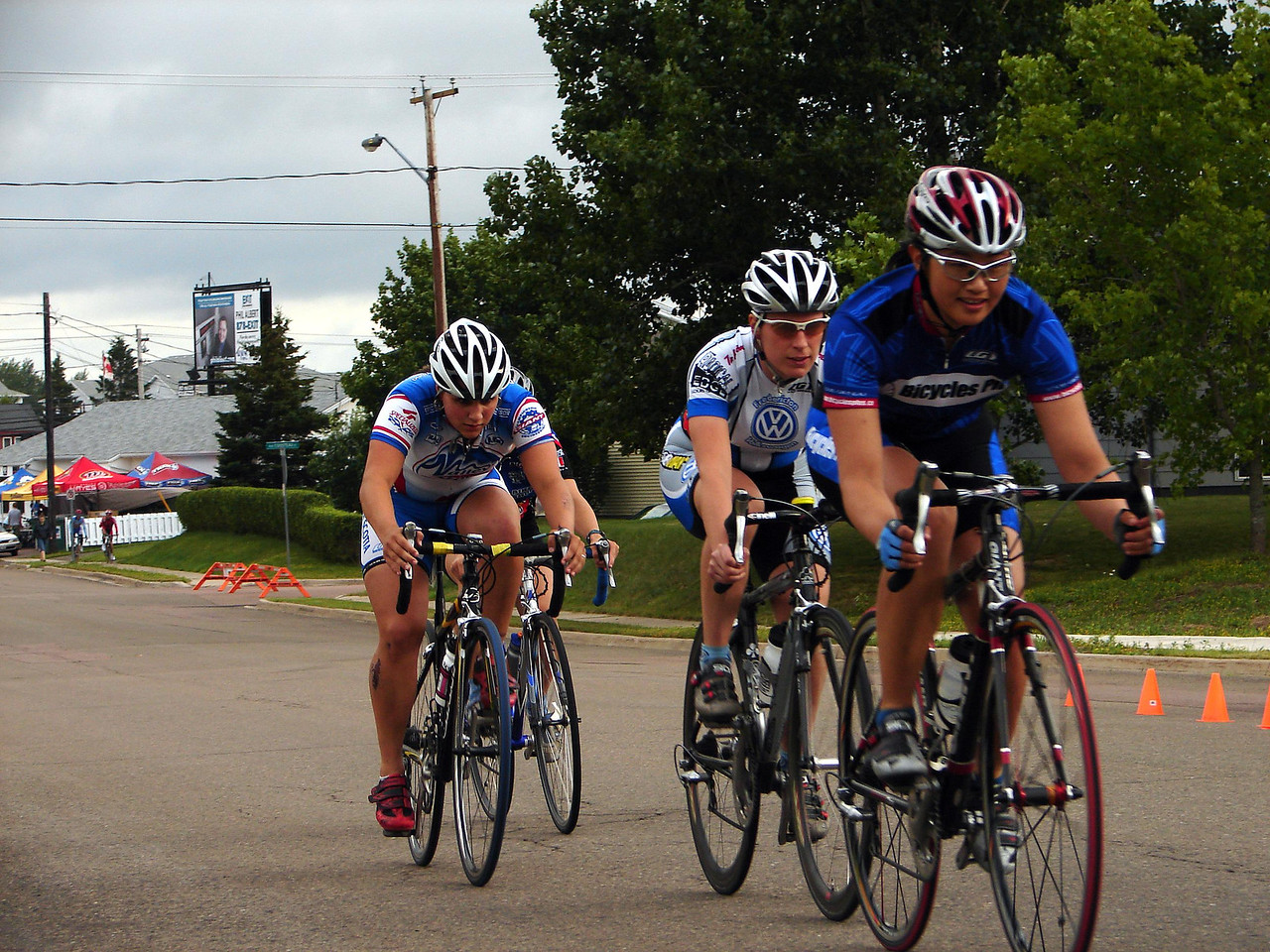Early on these girls ripped the legs off the pack. 2nd back is Heidi King, National masters road champ.
