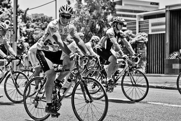 "The Start! - Queensland Ride Relief, led by Lance Armstrong, Robbie McEwen & Allan Davis; Brisbane, Queensland, Australia; Monday 24 January 2011. Photos by Des Thureson - <a href=""http://disci.smugmug.com"">http://disci.smugmug.com</a>. Alternate Processing: x-equals + LIDF - Hardcore Acros"