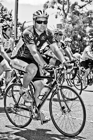 "The Start! - Queensland Ride Relief, led by Lance Armstrong, Robbie McEwen & Allan Davis; Brisbane, Queensland, Australia; Monday 24 January 2011. Photos by Des Thureson - <a href=""http://disci.smugmug.com"">http://disci.smugmug.com</a>. Alternate Processing: Hardcore Acros"