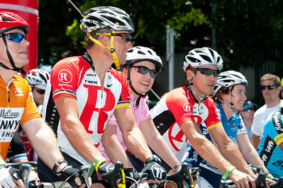 L-R: Lance Armstrong, Queensland Premier Anna Bligh, Robbie McEwen & Queensland Minister for Transport Rachel Nolan - Queensland Ride Relief, led by Lance Armstrong, Robbie McEwen & Allan Davis; Brisbane, Queensland, Australia; Monday 24 January 2011. Photos by Des Thureson - http://disci.smugmug.com