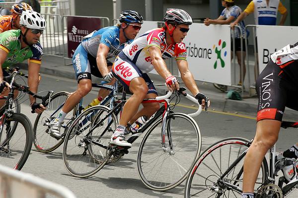 Robbie McEwen, Matt White - South Bank Grand Prix Cycling Criterium, 3-12-2006