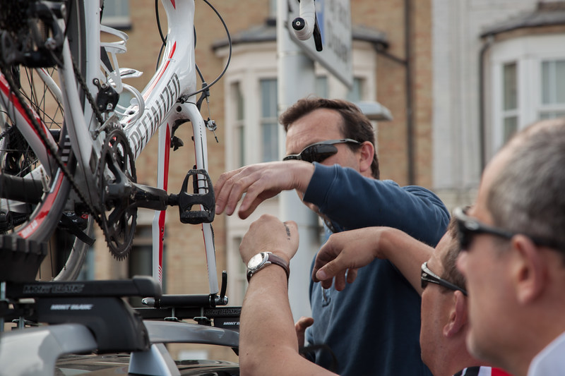 Mark receiving a bit of technical advice?