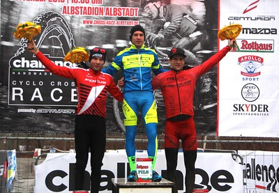 Vogel_Weber_Milatz_podium_Herren_CCC16_Albstadt_Cross_by Goller - 009