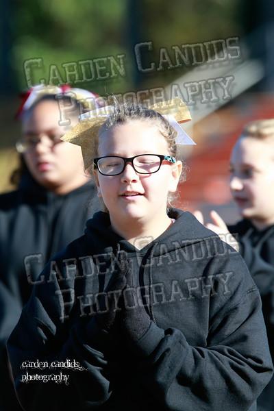 6th Grade Cheerleaders 11-21-15-045