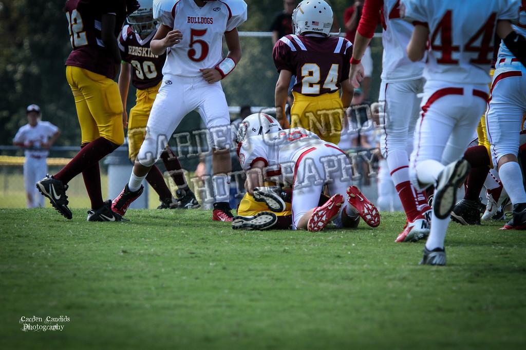 Bulldogs vs Redskins Varsity 9-15-12-0035