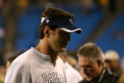 Cowboys Quarterback Drew Bledsoe emerges from the tunnel, and heads toward the Dallas bench area.