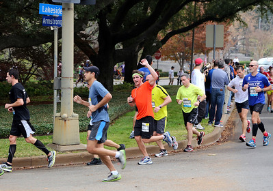 Casey running the 2012 Dallas Half Marathon on Sunday 12-9-12.
