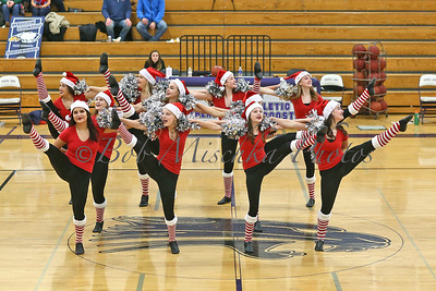 Holiday dance routine_0503