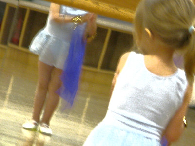 Dona & Liza 2011 06 at First Dance Class 23