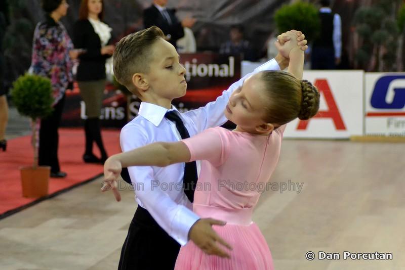 "Campionatul National de Dans Sportiv   Copyright © Dan Porcutan - <a href=""http://danporcutan.wordpress.com"">http://danporcutan.wordpress.com</a>"