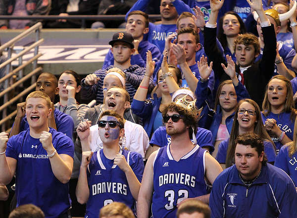 DAVID LE/Staff photo. 3/14/15. Danvers fans react during the 4th quarter of play.