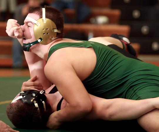 12-12-13<br /> Eastern vs. Western wrestling<br /> Eastern's Evan Ellis (top) and Western's David Ryan<br /> KT photo | Kelly Lafferty