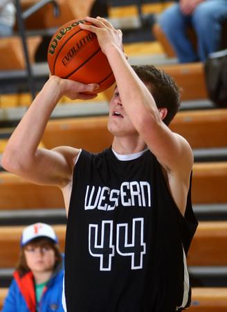 12-23-14<br /> Western basketball<br /> Western's Brodee Lipinski shoots.<br /> Kelly Lafferty Gerber | Kokomo Tribune