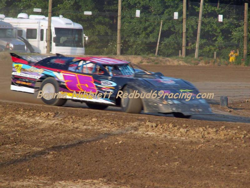 June 23, 2007 Delaware International Speedway Redbud's Pit Shots Erik McKinney V75 TSS Late Model