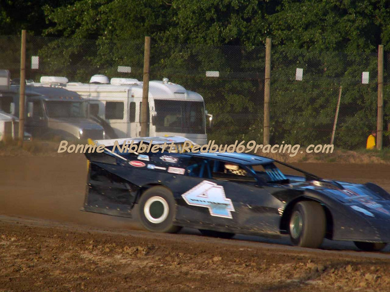June 23, 2007 Delaware International  Speedway Redbud's Pit Shots Late Model heat Rick Whaley # 4