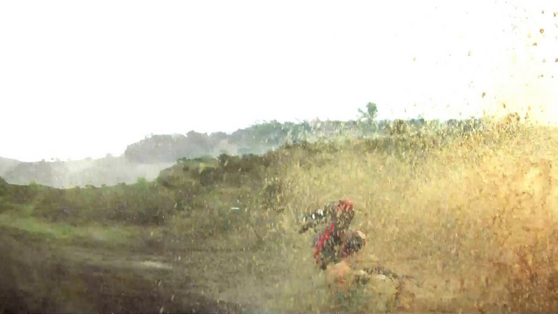 <h3>Dirt Biking Fun and Crashes with GoPro HD Hero</h3> How not to hydroplane a dirt bike. How not to wall ride with a motorcycle. How to not avoid a crash...  Filmed in the Santa Cruz Mountains and at Hollister Hills with GoPro HD Hero. Winter 2009.