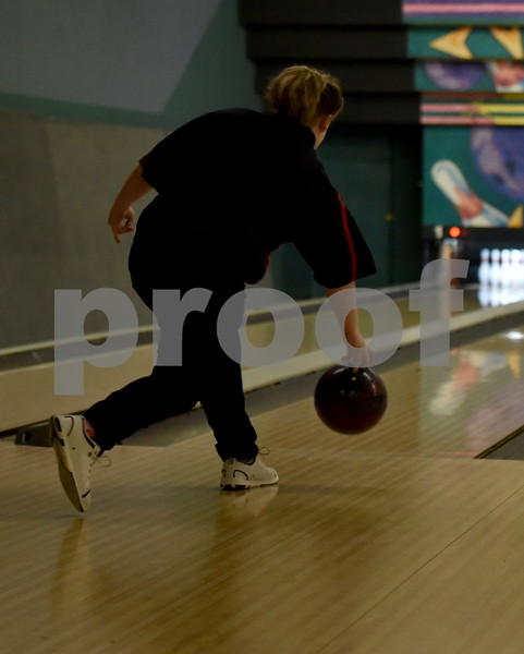 -Messenger photo by Britt Kudla<br /> Bethany Armbruster of Fort Dodge bowl during Class 2A Districts on Tuesday at Ridgewood Lanes