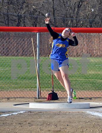 -Messenger photo by Britt Kudla<br /> Sarah Peters of Humboldt compete in the shot put on Thursday inside Dodger Relays