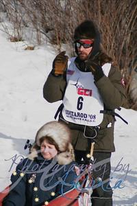 Bib #6 - 2007 Iditarod Champion - Lance Mackey